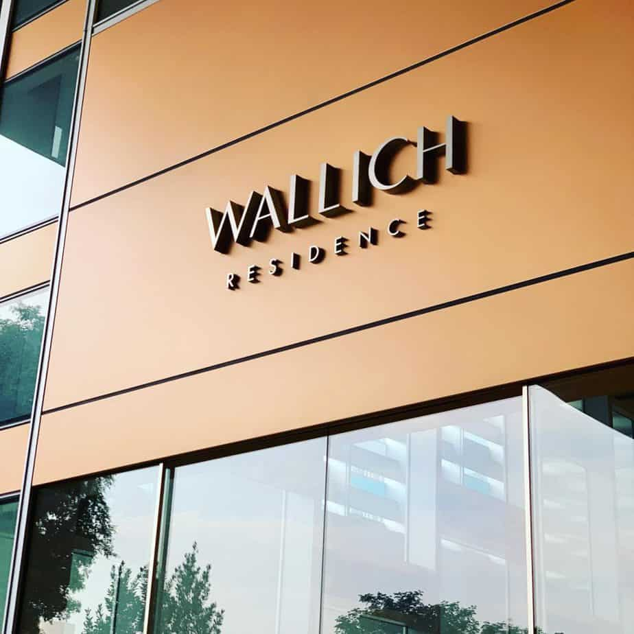Wallich Residences is a luxury condominium suitable for foreigners